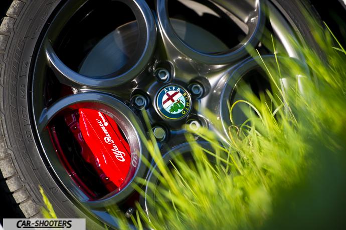 Alfa Romeo Giulietta dettaglio pinza freno anteriore brembo qv line