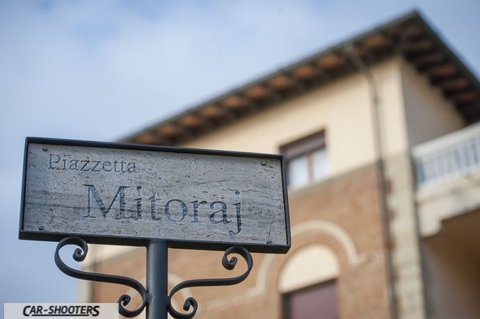 piazzetta mitoraj al park hotel villa ariston a camaiore
