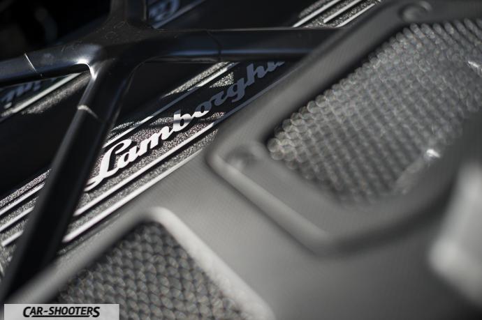 Lamborghini Huracán dettaglio motore v10