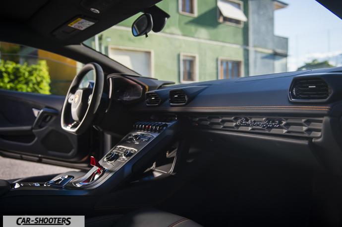 Lamborghini Huracán interni