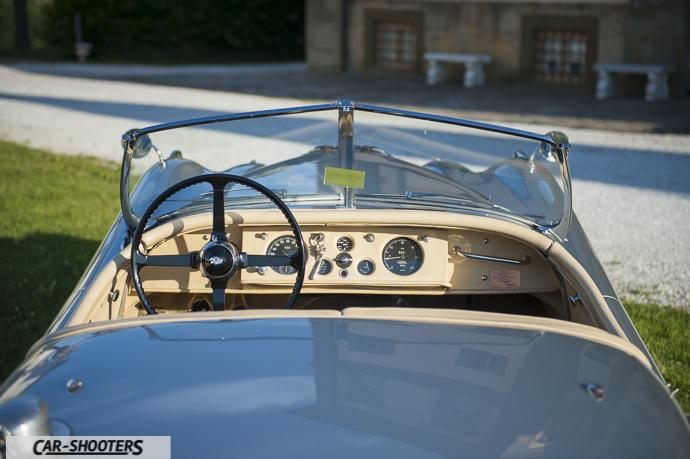 Jaguar XK120 abitacolo