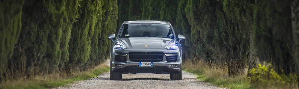 car_shooters_cayenne_gts_casentino_coverpano3_1
