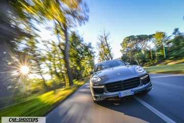 CAR_SHOOTERS_CAYENNE_GTS_PROVA_WALLAPER1_COVER_1