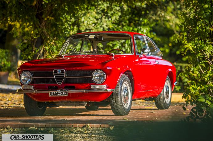 Alfa Romeo Giulia GT Junior tre quarti anteriore