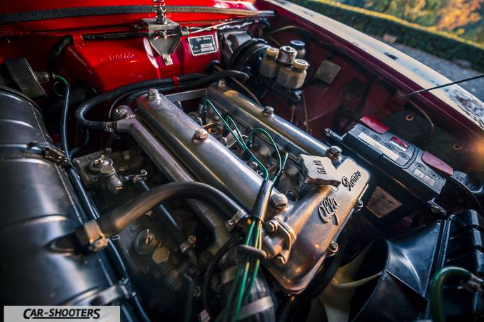 Alfa Romeo Giulia GT Junior dettaglio motore