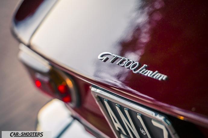 Alfa Romeo Giulia GT Junior dettaglio logo posteriore