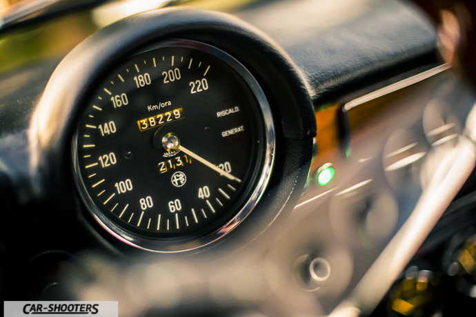 Alfa Romeo Giulia GT Junior dettaglio tachimetro
