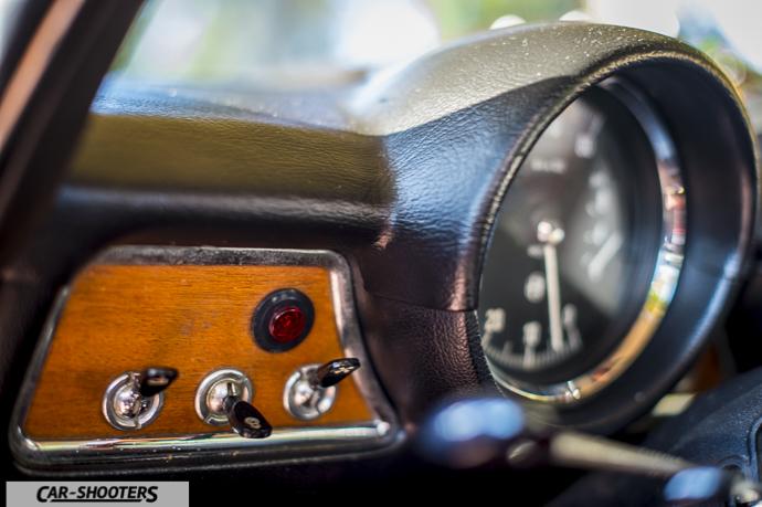 Alfa Romeo Giulia GT Junior dettaglio switch