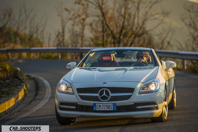Mercedes SLK impostazione di curva