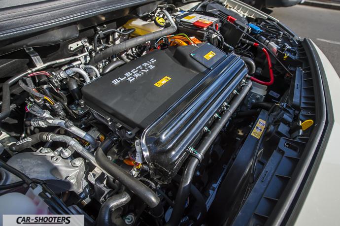 Dettaglio propulsore elettrico Mercedes-Benz Classe B Electric Drive