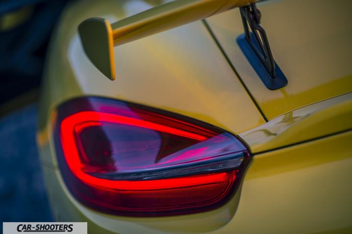 Porsche Cayman GT4 dettaglio faro posteriore
