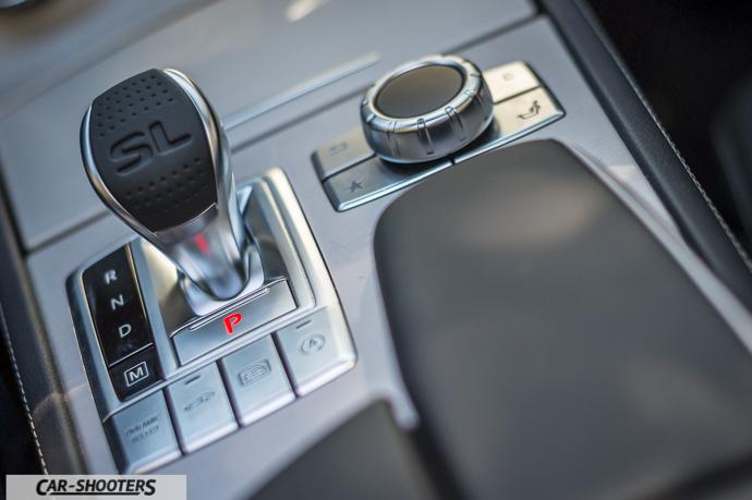 Mercedes-Benz SL400 Dettaglio cambio 9-GTRONIC