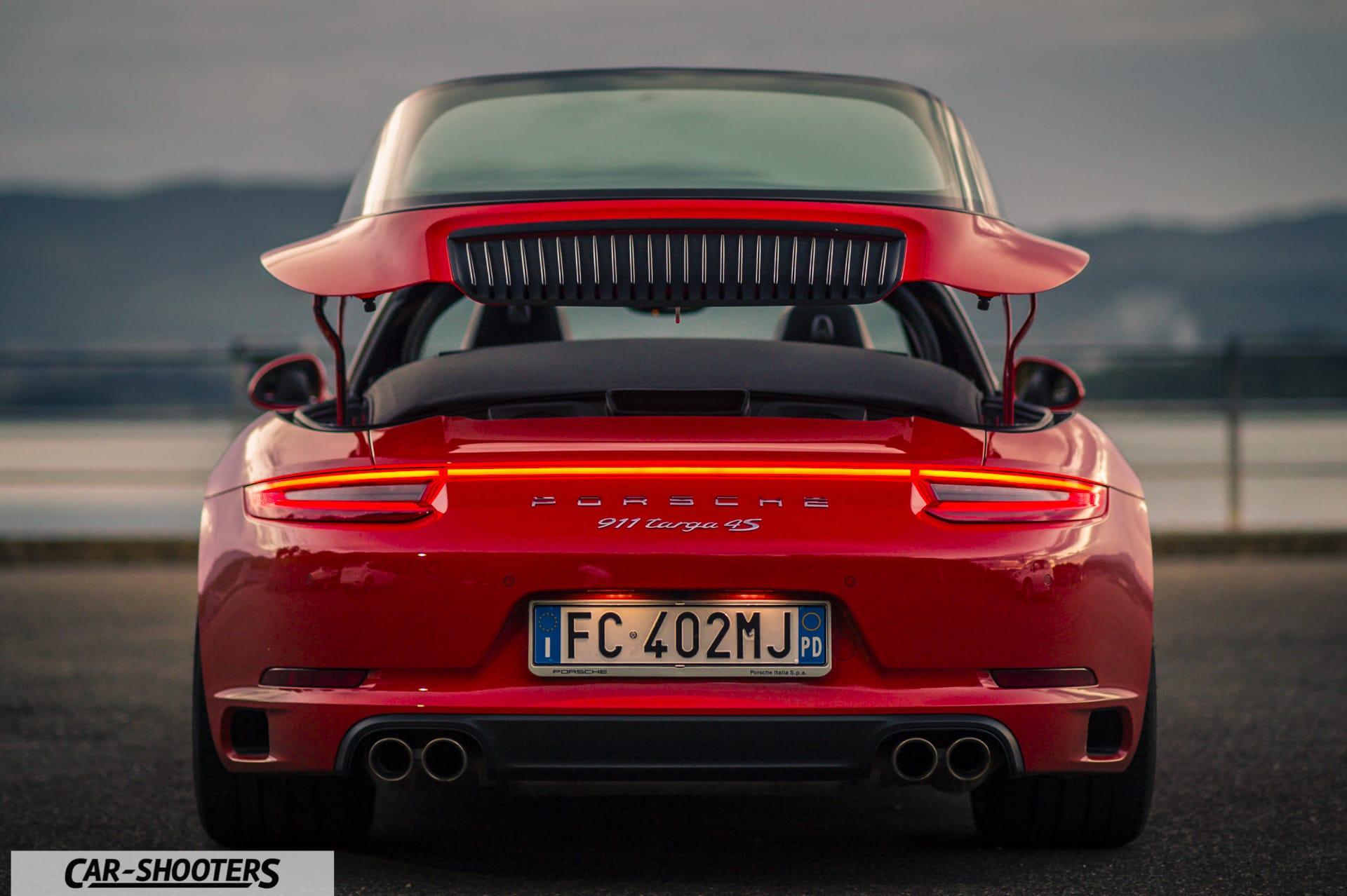 Porsche 911 Targa 4S apertura tetto