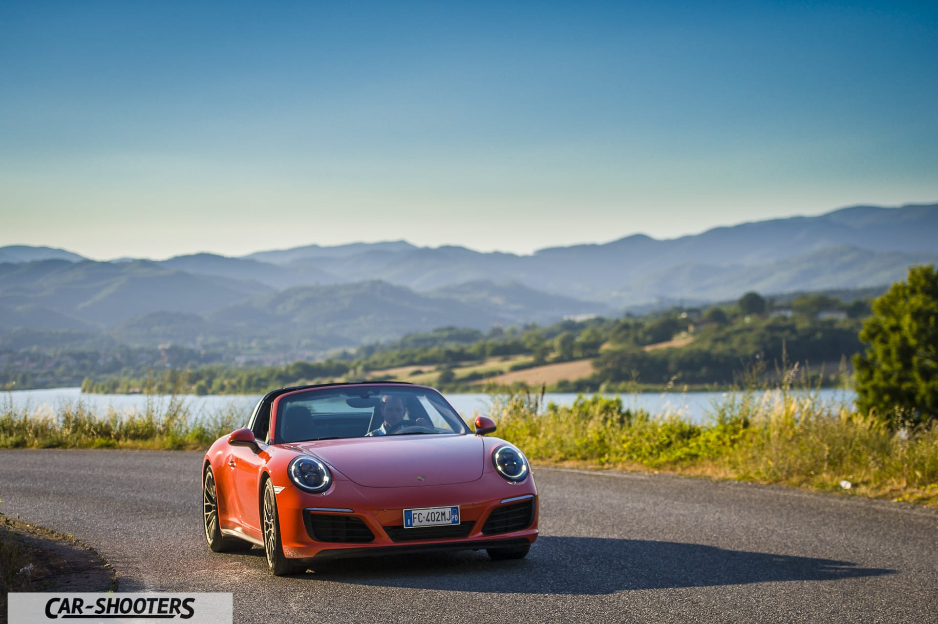 Porsche 911 Targa 4S Lago di Bilancino