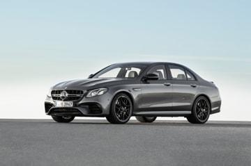 Mercedes-AMG E 63 S 4MATIC+, Außenaufnahme ;Kraftstoffverbrauch kombiniert: 9,1 – 8,8l/100 km; CO2-Emissionen kombiniert: 207 - 199 g/km  Mercedes-AMG E 63 S 4MATIC+, outdoor shot; Fuel consumption combined: 9,1 – 8,8 l/100 km; Combined CO2 emissions: 207 - 199 g/km