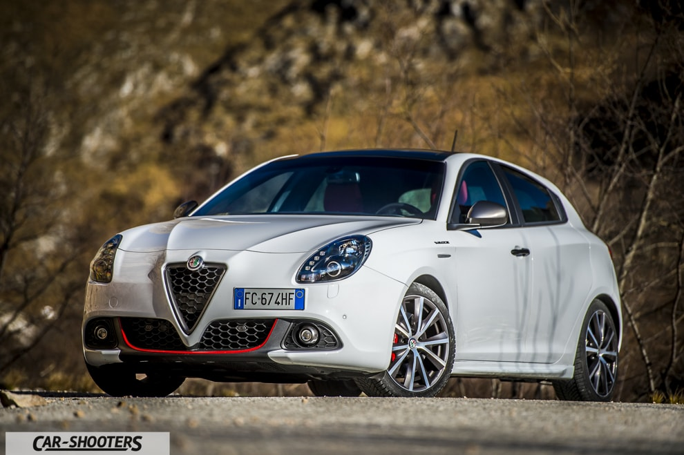 test drive alfa romeo giulietta veloce the family hot hatch. Black Bedroom Furniture Sets. Home Design Ideas