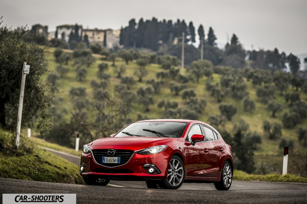 Prova su Strada Mazda 3