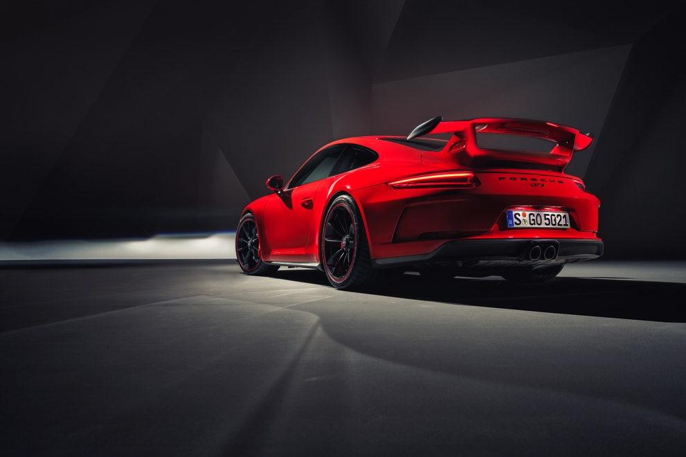 911-gt3-9-rear-three-quarter-light