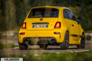 abarth 595 competizione sportive en jaune essai. Black Bedroom Furniture Sets. Home Design Ideas