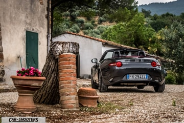 car_shooters_mazda-mx-5-cherry-edition-prova-su-strada_26