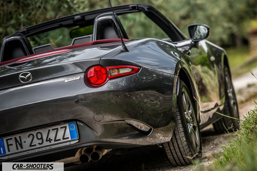 car_shooters_mazda-mx-5-cherry-edition-prova-su-strada_28