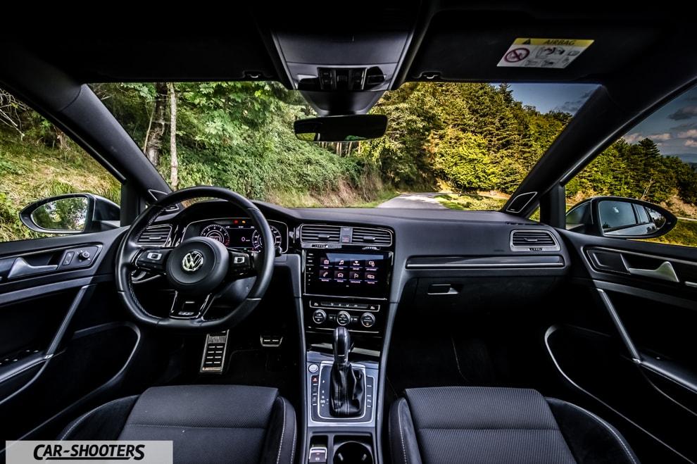 car_shooters_volkswagen-golf-r-prova-su-strada_50