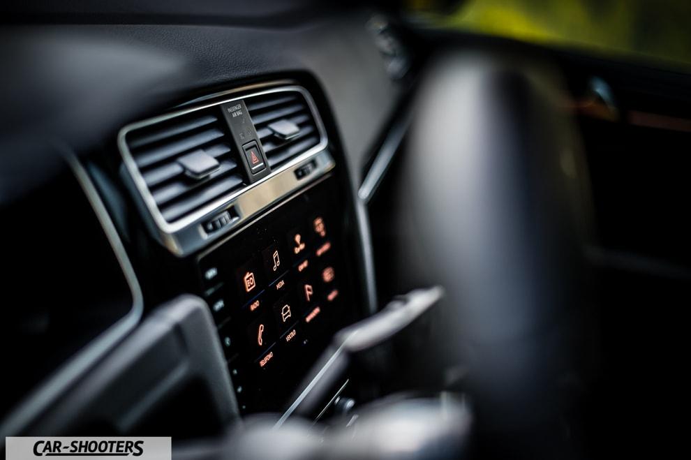car_shooters_volkswagen-golf-r-prova-su-strada_61