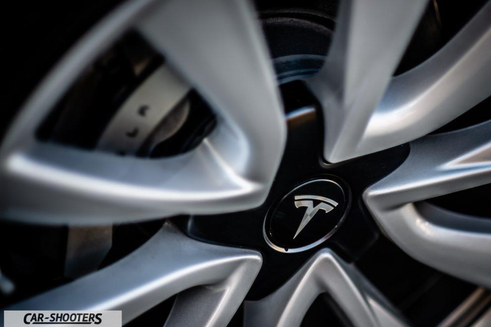 Tesla Model 3 Prova Su Strada
